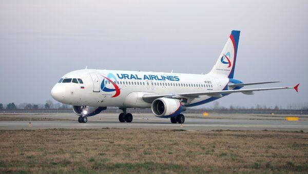Самолет Airbus A320 авиакомпании Уральские авиалинии - Sputnik Արմենիա