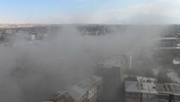 В столице взорвали (демонтировали) здание компании Дзюник Сарнаран (8 июля 2020). Еревaн - Sputnik Արմենիա