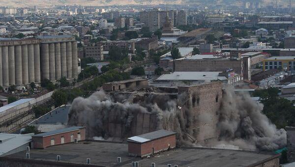 Երևանում պայթեցրին «Ձյունիկ սառնարան» ՍՊԸ-ի շենքը - Sputnik Արմենիա