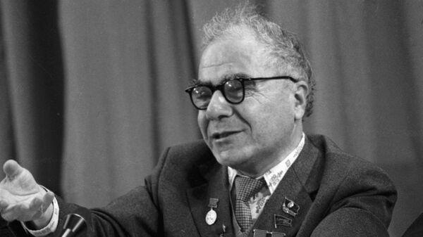 Советский астрофизик, академик Виктор Амбарцумян - Sputnik Армения