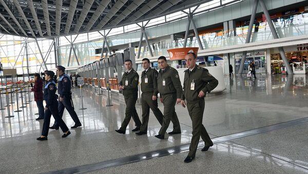Аэропорт Звартноц после сообщения о бомбе - Sputnik Армения