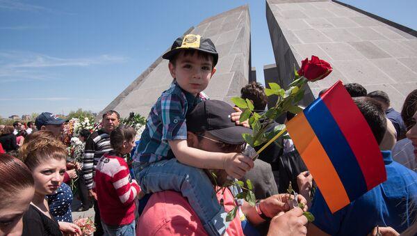 Цицернакаберд. 101 годовщина Геноцида армян  - Sputnik Армения