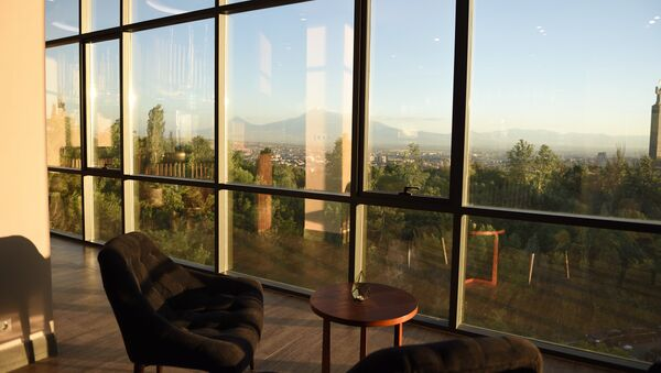 Вид на гору Арарат из кафе - Sputnik Армения