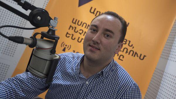 Джонни Меликян - Sputnik Արմենիա