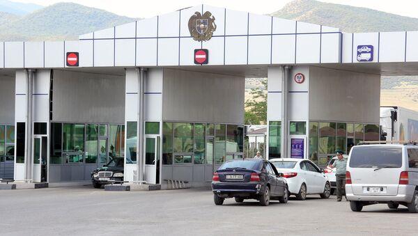 Армяно-грузинская граница. КПП Баграташен - Sputnik Արմենիա