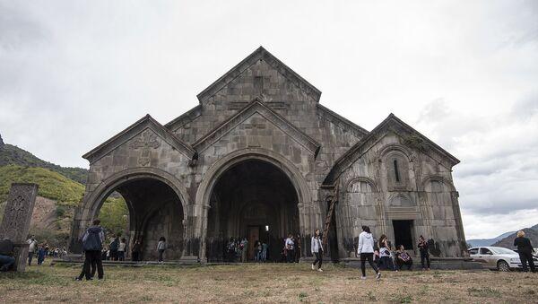 Храм Святой Богородицы в Ахтале, Лорийская область Армении - Sputnik Армения
