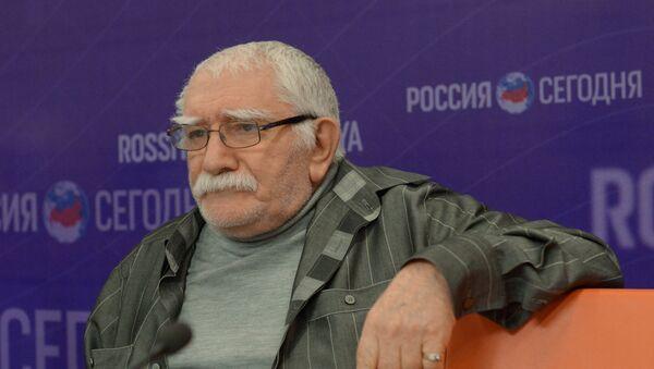 известный российский и советский актер театра и кино Армен Джигарханян - Sputnik Արմենիա