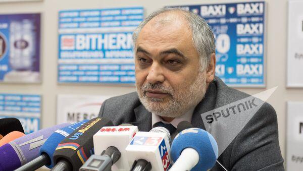 Рубен Сафрастян - Sputnik Армения