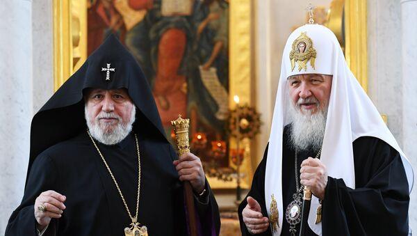 Встреча патриарха Кирилла с представителями церковных конфессий - Sputnik Армения