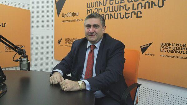 Артур Хачатрян в гостях у радио Sputnik Армения - Sputnik Արմենիա