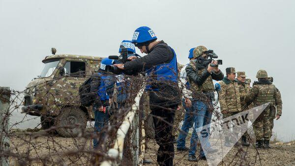 Камеры готовы для съемок на позициях - Sputnik Армения