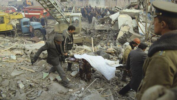 Жертвы землетрясения в Армении - Sputnik Արմենիա