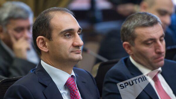 Заседание Правительства РА.  Вардан Арутюнян - Sputnik Армения