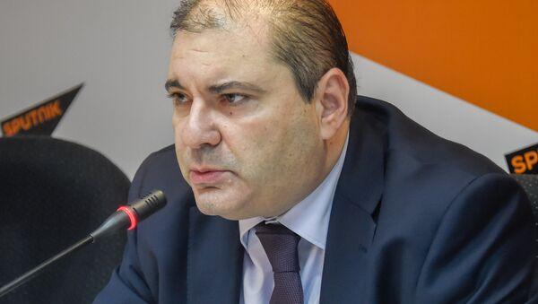 Политолог Александр Маркаров - Sputnik Армения