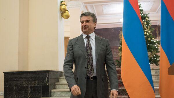 Премьер-министр пригласил представителей СМИ на новогодний прием - Sputnik Армения