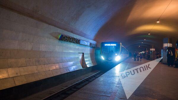 Новые вагоны в ереванском метро  - Sputnik Արմենիա