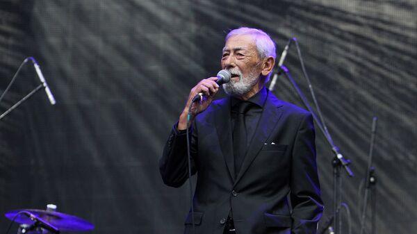Вахтанг (Буба) Кикабидзе на фестивале Kubana в Риге.  - Sputnik Армения