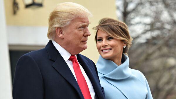 Президент США Дональд Трамп с женой Меланией перед инаугурацией в Вашингтоне - Sputnik Армения
