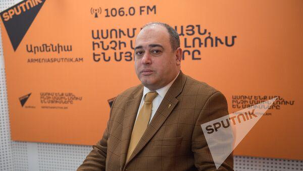 Арсен Мкртчян в гостях у радио Sputnik Армения - Sputnik Արմենիա