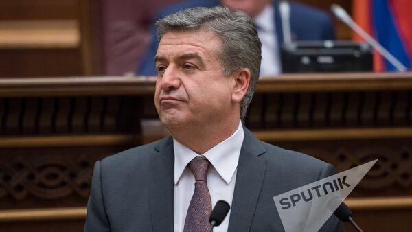 Карен Карапетян. Заседание Национального собрания РА, 08.02.2017 - Sputnik Армения