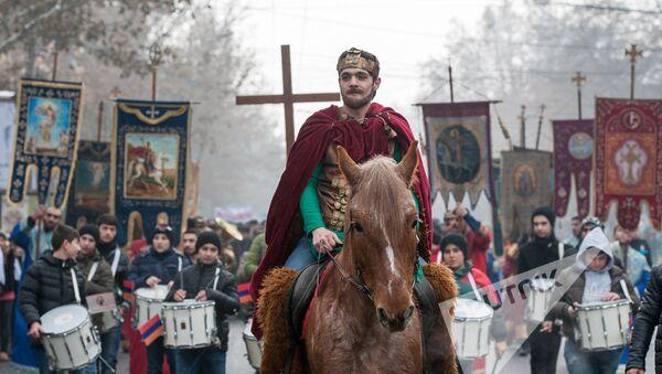 Праздник Св. Саркиса отметили в Ереване  - Sputnik Արմենիա