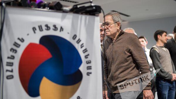 Новый политический союз Дашинк. Тигран Карапетян  - Sputnik Армения