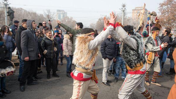 Праздник Барекендан. Армянские народные танцы. Ярхушта  - Sputnik Армения