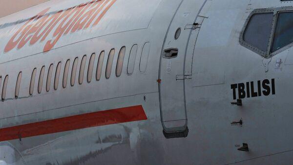Самолет авиакомпании Айрзена - Грузинские авиалинии - Sputnik Արմենիա