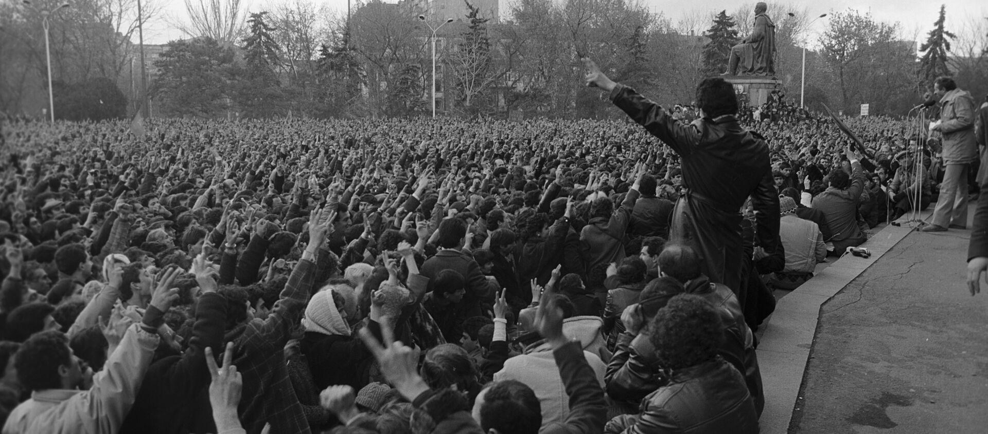 События в Ереване в 1988 году - Sputnik Արմենիա, 1920, 20.02.2021