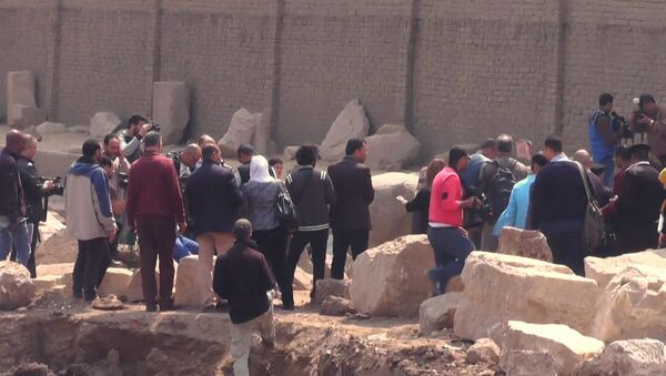 СПУТНИК_Археологическая находка в Каире: 8-метровая статая эпохи Рамзеса Великого - Sputnik Армения