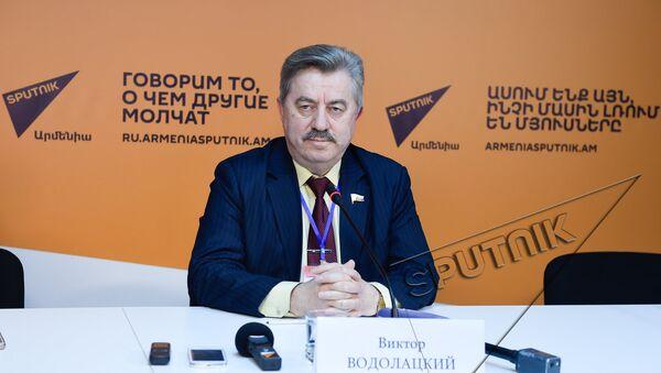 Виктор Водолацкий - Sputnik Армения