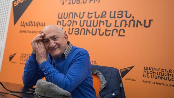 Юрий Мечитов в гостях у радио Sputnik Армения - Sputnik Армения