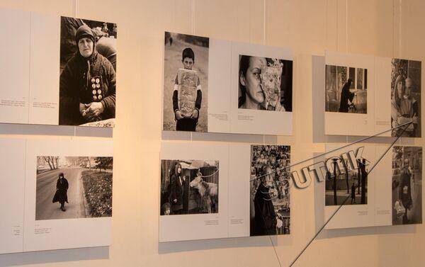 В Ереване открылась выставка Грузия – двойные страницы - Sputnik Армения