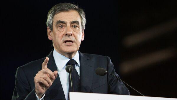 Кандидат в президенты Франции от партии Республиканцев Франсуа Фийон - Sputnik Արմենիա