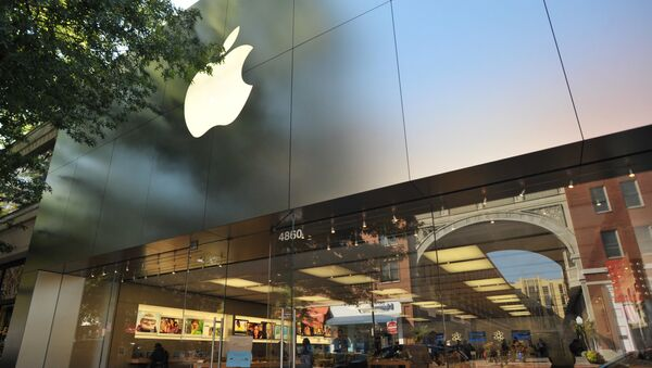Старт продаж cмартфонов iPhone 5s и iPhone 5c в США - Sputnik Армения