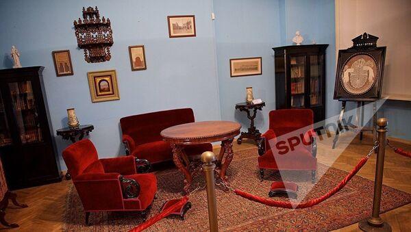 Одна из комнат в Доме-музее дворян Смирновых - Sputnik Армения