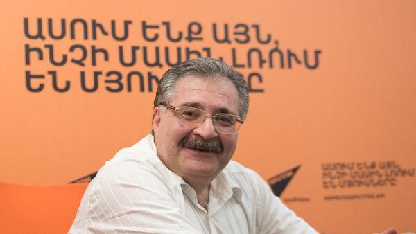 Сергей Шакарянц в гостях у радио Sputnik Армения - Sputnik Армения