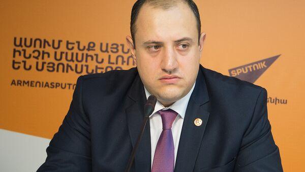 Мигран Акопян - Sputnik Արմենիա