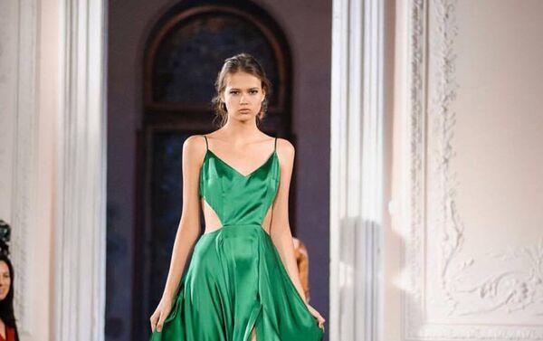Платье дизайнера Гайка Аванесяна - Sputnik Армения