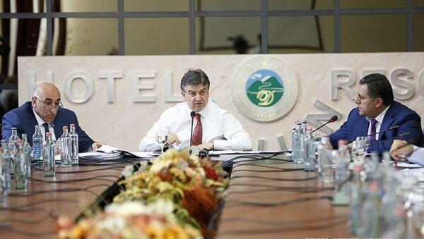 Премьер-министр Карен Карапетян посетил Тавуш - Sputnik Армения