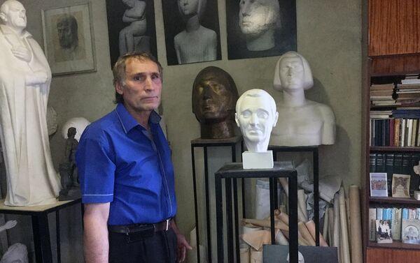 Скульптор Самвел Петросян - Sputnik Армения
