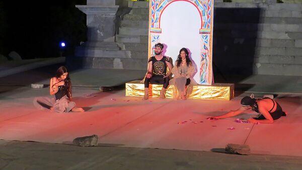 Ереванский государственный театр пантомимы в Гарни - Sputnik Армения