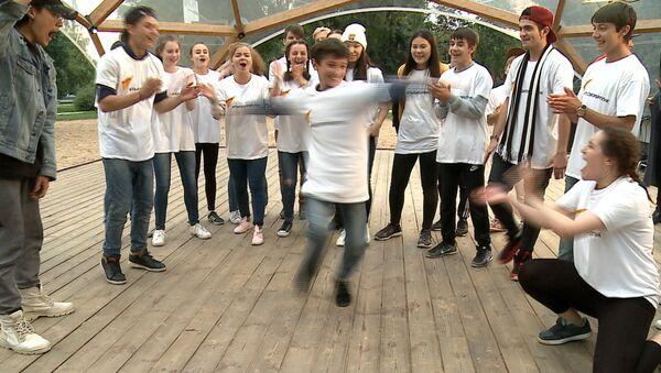Танцевальный батл солистов театра Тодес и участников шоу Ты супер! Танцы - Sputnik Армения