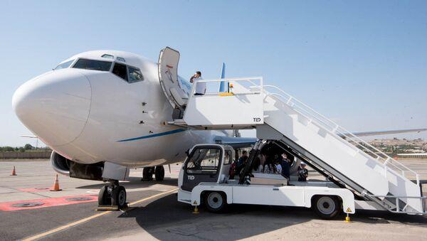 Самолет авиакомпании Armenia - Sputnik Армения