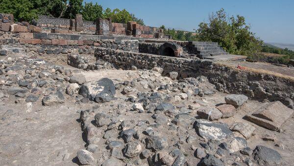 Раскопки в селе Агцк, Аштарак - Sputnik Армения