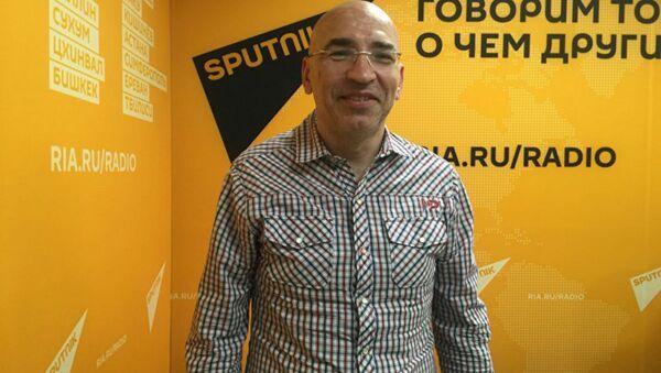 Политолог Леонид Крутаков  - Sputnik Армения