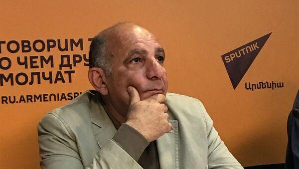 Карен Манвелян - Sputnik Արմենիա