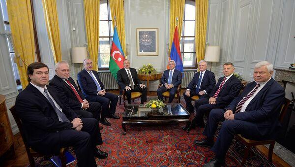 Встреча президентов Армении и Азербайджана Сержа Саргсяна и Ильхама Алиева в Женеве - Sputnik Армения