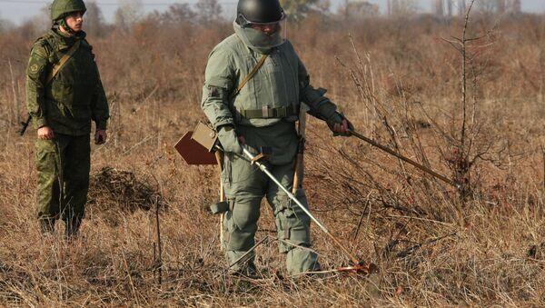 Саперы инженерных войск Южного военного округа. Архивное фото - Sputnik Армения