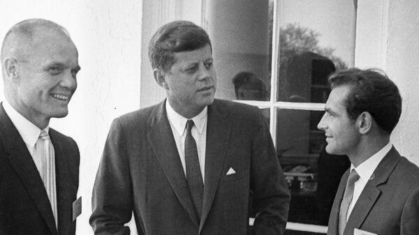 Джон Кеннеди, Герман Титов, Джон Гленн - Sputnik Армения